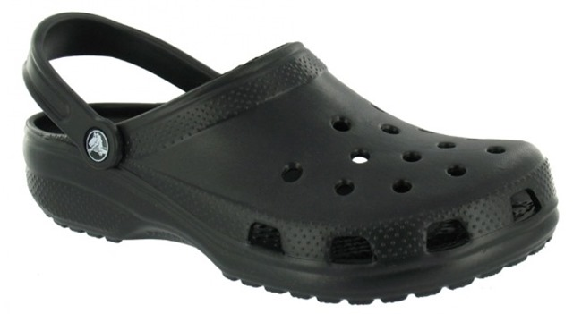 blac-crocs_thumb